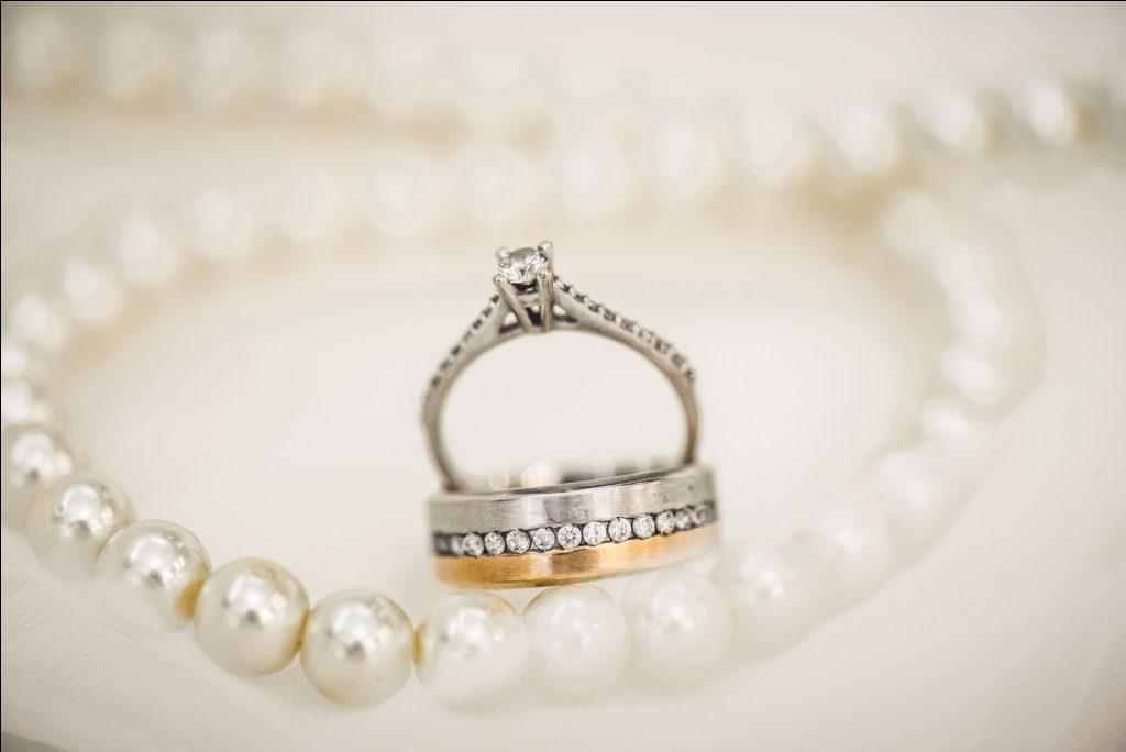 Perhiasan Emas Paling Dicari Wanita